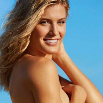 genie-bouchard-si-swimsuit-pictures