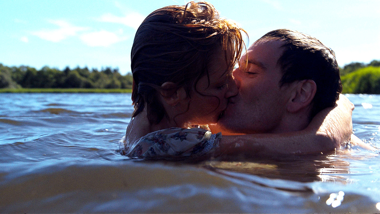 Mandatory Credit: Photo by Moviestore Collection / Rex Features (1565792a) Eden Lake,  Kelly Reilly,  Michael Fassbender Film and Television